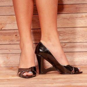 Bisou Bisou fun heels